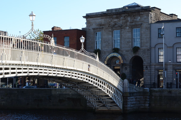 bridge temple bar