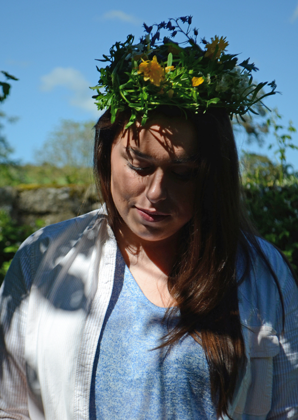 emily_foraging_floral_crown