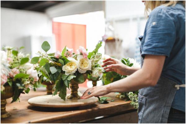 informal_florist_at_work_0071