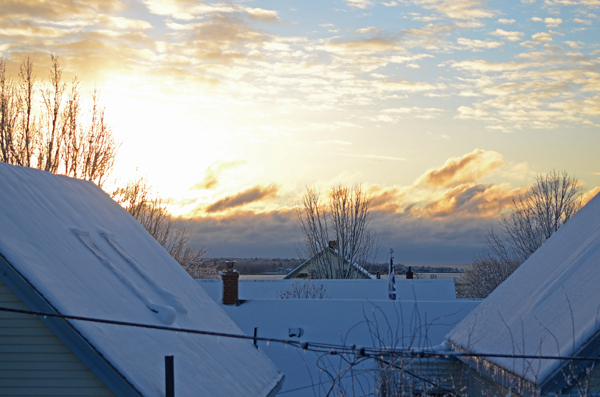 rooftops_snow