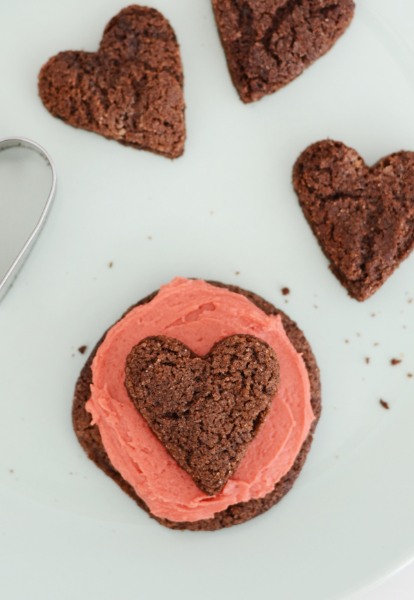 mexican_heart_chocolate_cookies