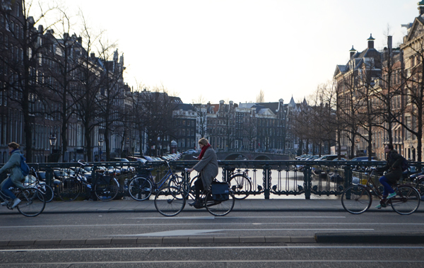 amsterdam_phone_bicycle