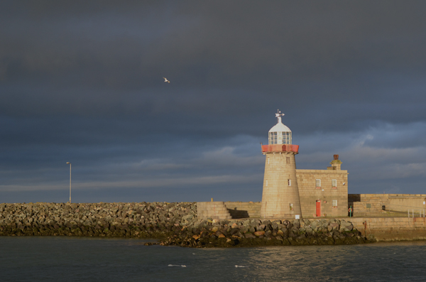howth_pier_lighthouse