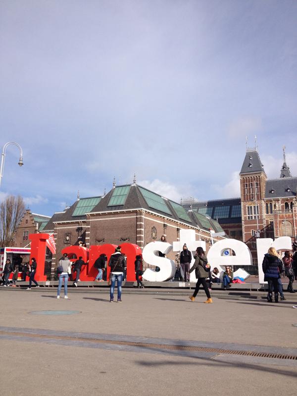 i_amsterdam_sign