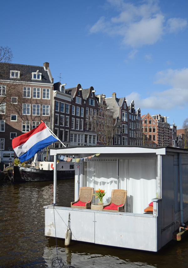porch_houseboat_amsterdam
