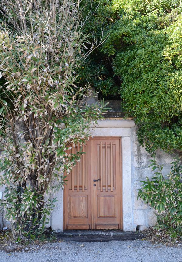 door-croatian-town