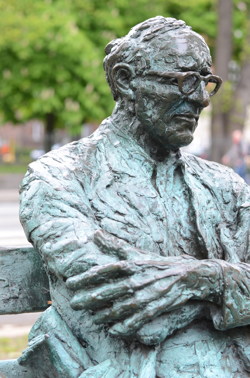 Patrick Kavanagh on the Canal in Dublin