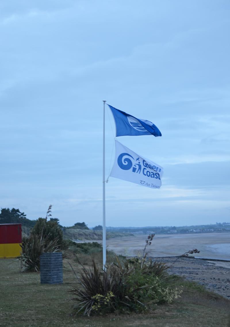 blue-flag-beach-portrane
