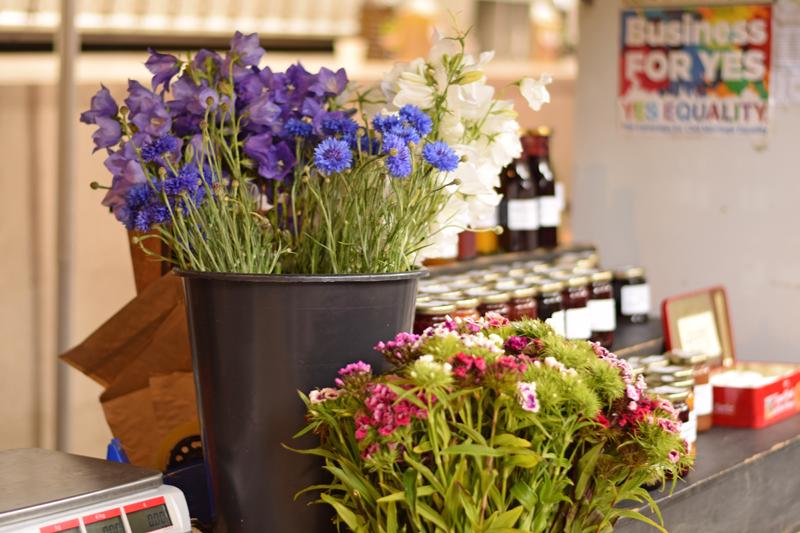 dublin-farmers-market-flowers-small