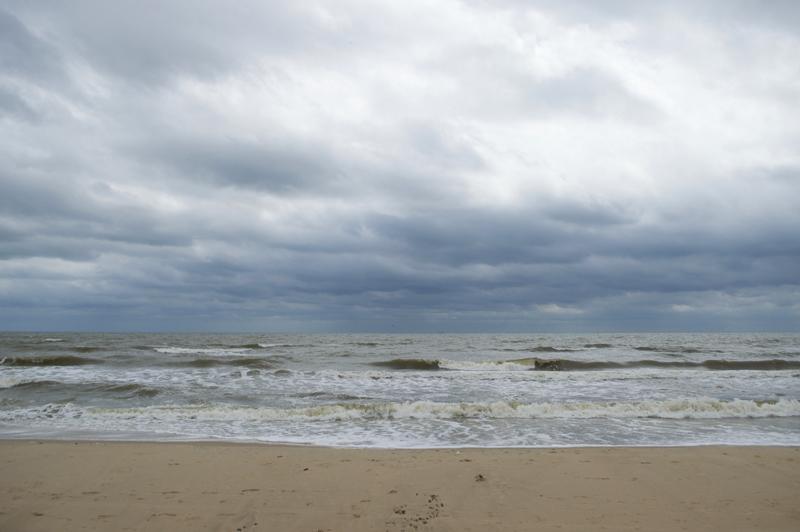 waves-surfside-beach