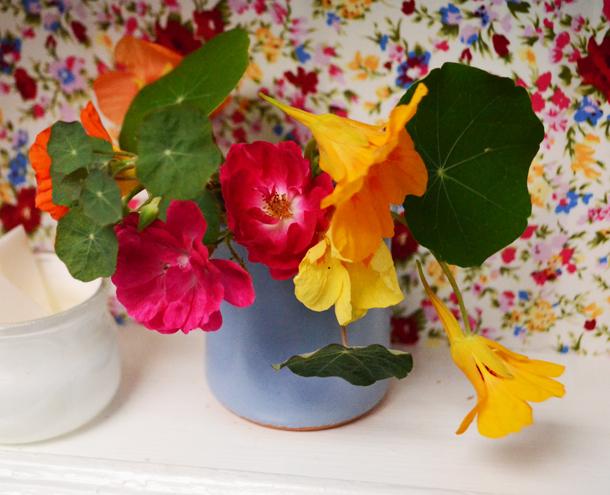 flowers bathroom