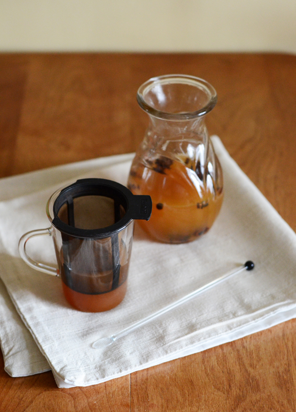 fake apple cider strainer