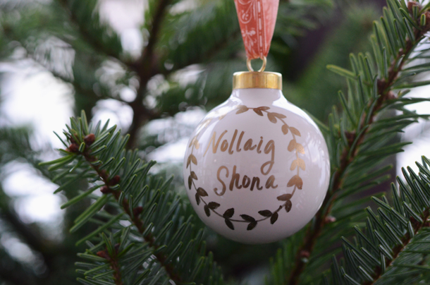 nollaig shona porcelain ornament diy