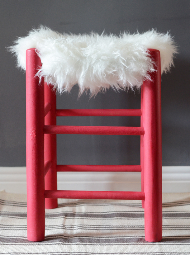 faux fur stool diy 2