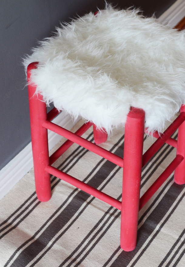 faux fur stool diy
